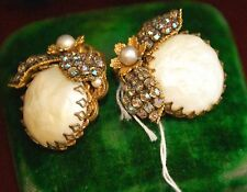 VINTAGE JONNE HOUSE SCHRAGER CLIP EARRINGS BUG AURORA BOREALIS PRONG RHINESTONE