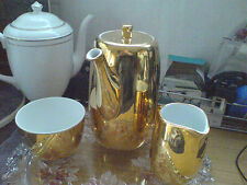 GOLD LUSTRE 'COFFEE POT'  NICE - SEE SCANS