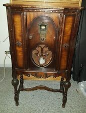 Antique 1930s Grigsby Grunow Majestic Model 20 Floor Standing Radio