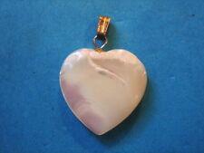 PENDENTIF COEUR EN NACRE VERITABLE VINTAGE 70 NEUF 2 X 2 CM /ABALONE HEART