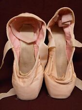 vtg Pointe Shoes Ballet Display Decor Girls Room Collecting Used Shabby Style