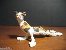 Mini Calico cat streching Figurine Pickles CA03625 Country Artists A Breed Apart
