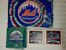Lot NY Mets Collectable Inaugural 2009 Citifield Seat Cushions - Free Team Flag