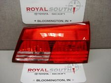 Toyota Sienna 04-05 RT Rear Lift Gate Tail Light Lamp Genuine OEM OE