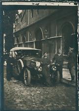 Première Guerre Mondiale 1914/18, Soldats devant leur voiture  Vintage silver pr