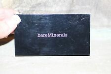 BARE MINERALS Invisible Light Translucent Powder Duo diffuse the look of pores