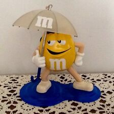 M & M Yellow Umbrella Shower Radio AM FM Officialy Licensed