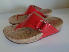 Fit Flops red patent thong sandals shoes Size 7 CUTE