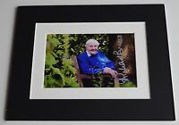 Richard Briers Signed Autograph 10x8 photo mount display Good Life TV AFTAL COA