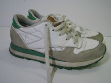 REEBOK CLASSIC TRAINER Jogger/Tennis Shoes GREEN/WHITE Suede RETRO 80's US