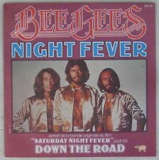 Saturday night fever 45 tours Bee Gees 1977
