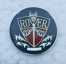ROVER ROUND ENAMEL LAPEL PIN BADGE. 25mm. DIAMETER. BUTTERFLY PIN FIXING