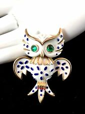 1967 CROWN TRIFARI PET SERIES WHITE BLUE ENAMEL EMERALD CABOCHON OWL BROOCH PIN