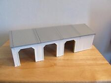 ERTL Farm Country four section animal shed building 1/64th scale