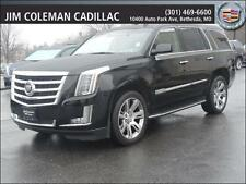 Cadillac: Escalade Luxury AWD
