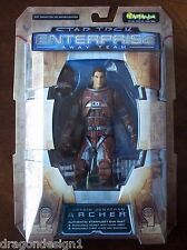 STAR TREK ENTERPRISE AWAY TEAM. CAPT. ARCHER ACTION FIGURE IN STARFLEET EVA SUIT