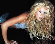 Shakira Unsigned 8x10 Photo (63)