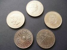 CROWN COINS SET OF 5 QUEEN ELIZABETH THE SECOND CROWNS 1965.1972,1977,1980,1981.