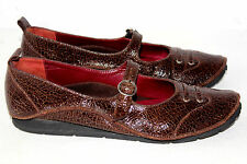 ESPACE by Robert Clergerie BROWN Crackle Patent Leather MARY JANE FLAT 6B (6.5M)