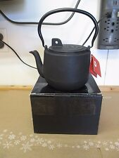 GURO TEAPOT CAST IRON SPARK BLACK 54OZ  INNER ENAMEL COATING CHIP IN LID SEE PIC
