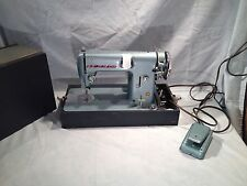 Vintage SEWMOR Sewing Machine In Great Condition With Case