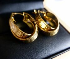 18ct YELLOW GOLD FILLED CARVED DOUBLE HOOP GREEK KEY PATTERN EARRINGS UK SELLER