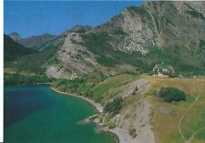 Canada Postcard - The Prince of Wales Hotel Overlooking Waterton Lake   AB584
