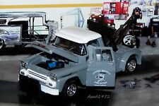 1958 58 CHEVY APACHE TOW TRUCK 1/64 SCALE DIECAST COLLECTIBLE MODEL - DIORAMA