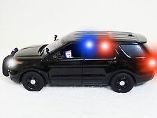 POLICE 1:18 UNDERCOVER / SPECIAL FORD EXPLORER WITH WORKING LIGHTS SIREN NYPD