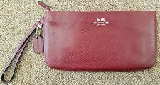 NWT $125 COACH Leather Wristlet in Burgundy Crossgrain Leather F65555