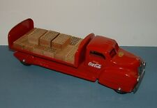 VINTAGE COCA COLA LINCOLN TOY DELIVERY TRUCK W/ 15 WOOD CASES - 1950'S - COKE