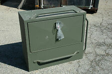 Accessories storage box, M916A1/A2, 2540-01-337-7164