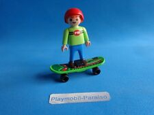 Playmobil Niño con patin Boy with skateboard Junge mit Skateboard