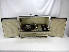 "1967 Vintage Zenith Model X562 ""The Metropolitan"" Portable Record Player Stereo"
