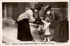 London Life. Queen Alexandra Buying Roses # 10513-90. An Alexandra Day Incident.