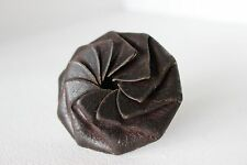 Old VINTAGE Antique Distressed BROWN LEATHER PINWHEEL COIN POCKET PURSE CASE