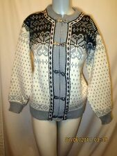 Womens Dale of Norway Cardigan Pewter Clasps Gray Ivory Fair Isle  XS  38