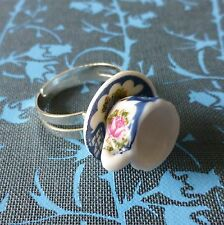 ViNtAgE TEA aLiCe iNsPiReD WHITE PINK BLUE CHINA TEACUP ADJUSTABLE SILVER RING