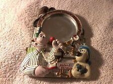 wallace and gromit shaving mirror with stand 7 inch VGC