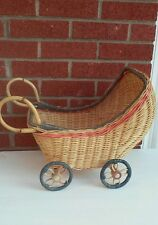 VINTAGE WICKER DOLL CARRIAGE/PRAM/BUGGY/COACH