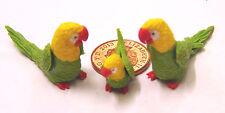 1:12 - 2 Parents & A Baby Green/Yellow Parrot Dolls House Miniature Garden P17
