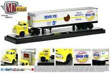 M2 MACHINES 1:64 DIECAST METAL YELLOW 1956 FORD COE LCF WITH ENCLOSED TRAILER