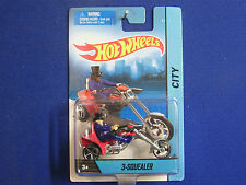 1/64 HOT WHEELS 2014  3-SQUEALER RED/CHROME  W/GRAPHICS MOTOR CYCLES