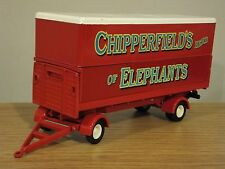 CORGI CLASSICS CHIPPERFIELDS CIRCUS DRAWBAR POLE TRUCK TRAILER MODEL 31902 1:50