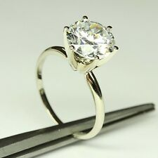 ENGAGEMENT RING WITH 3.00 CT Round Cut in 14 Karat gold 6 Prong