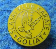 GOLIAT KATOWICE POLAND KARATE KYOKUSHIN KYOKUSHINKAI CLUB YELLOW VERS. PIN BADGE