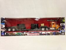 Kentworth W900 Lowboy Trailer w/Big Tire,Collectible,1:32 Diecast,New Ray Toy OR