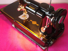 Vintage 221K Singer Featherweight Sewing Machine, Carry Case & Accessories GWO