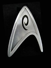 STAR TREK Into Darkness Uniform Pin Replica neu