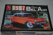 Amt 1957 chevy bel-air coupe 1:25 kit plastique 983.